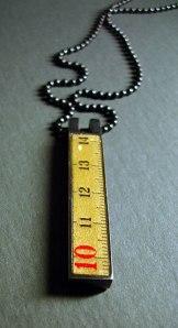 Red 10cm Pendant © Naomi Muirhead